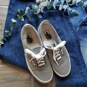 Van's board sneakers shoes gray Womens sz 9